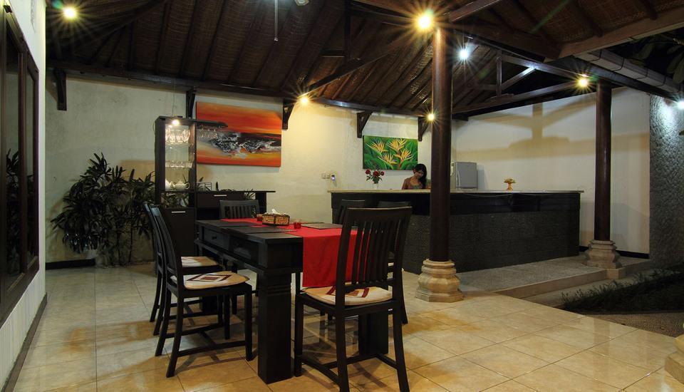 Villa Kurnia Bali - dining room