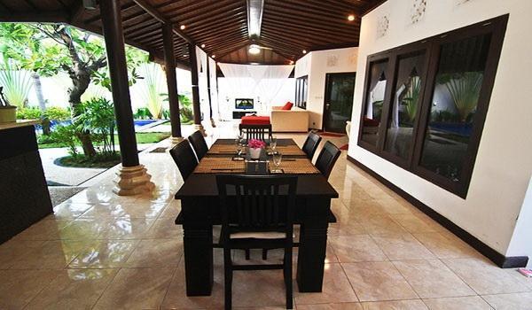 Villa Kurnia Bali - loby