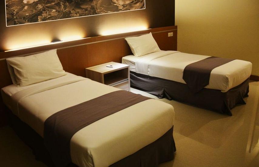 Nava Hotel Tawangmangu - Kamar Tamu