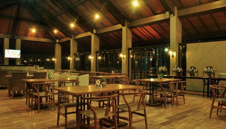 Nava Hotel Tawangmangu - Resto
