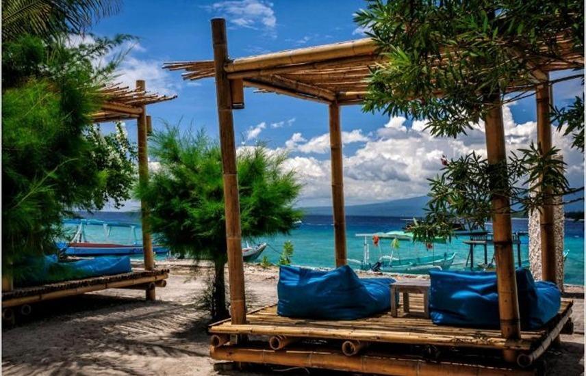Karma Reef Lombok - pemandangan sisi