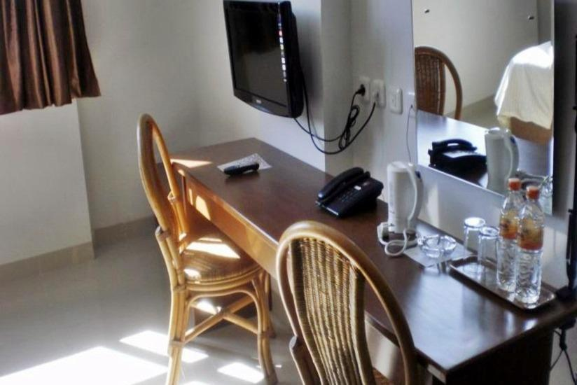 Asoka Hotel Bandung - Interior