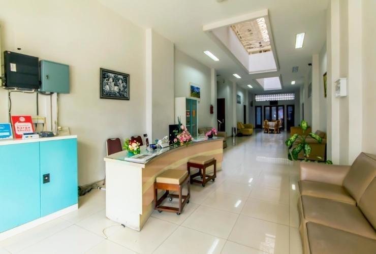 Asoka Hotel Bandung - Lobby