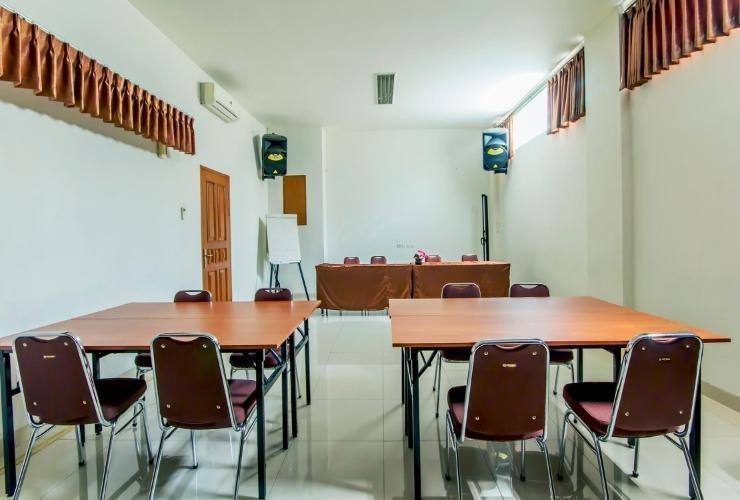 Asoka Hotel Bandung - Meeting Room