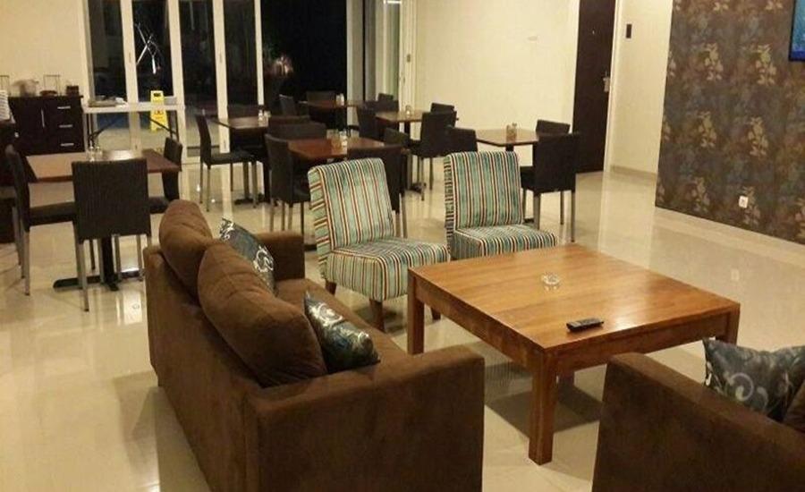 Sisingamangaraja Guest House Semarang Semarang - Interior