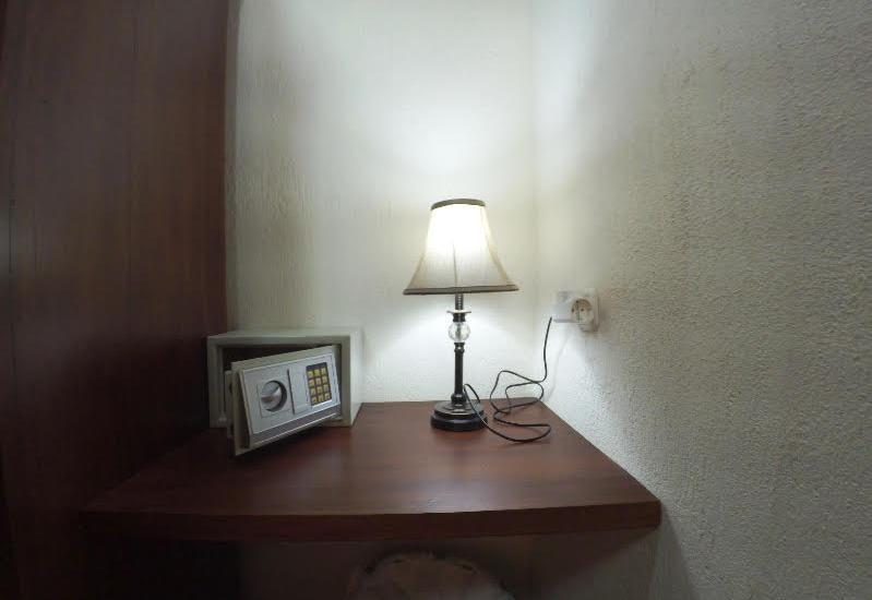 Eunike Surf Cottage Pangandaran - Cave Room