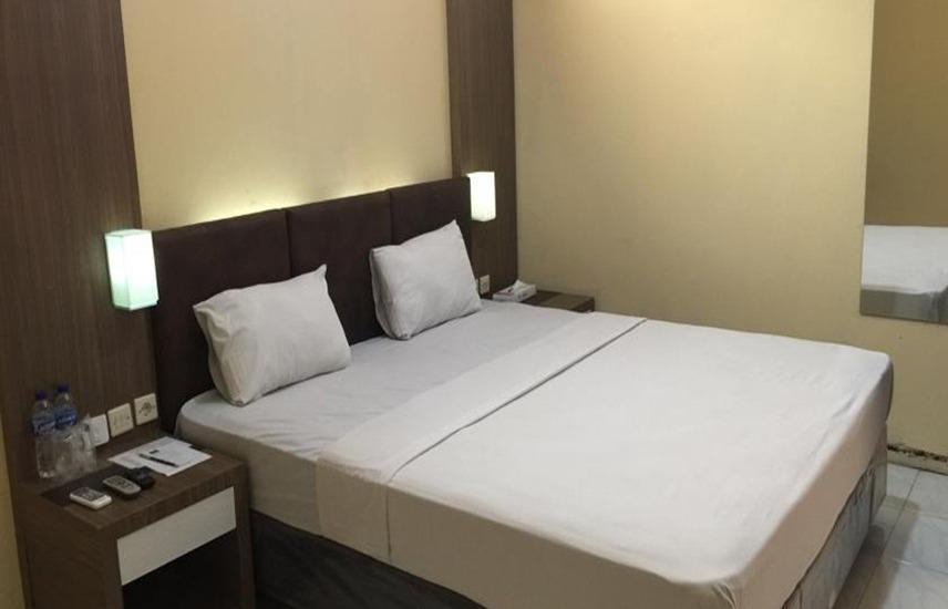 Palapa Hotel Purwokerto - Deluxe Double Room Regular Plan