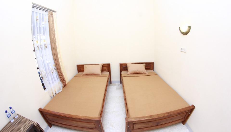 Sankita Hotel Ponorogo - Rooms