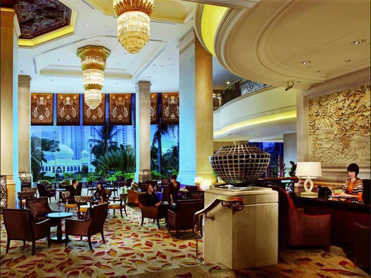 Shangri-La Hotel Jakarta - Guestroom