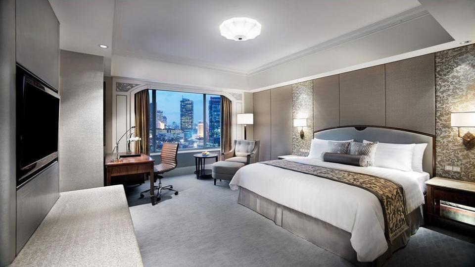 Shangri-La Hotel Jakarta - Kamar Deluks Regular Plan