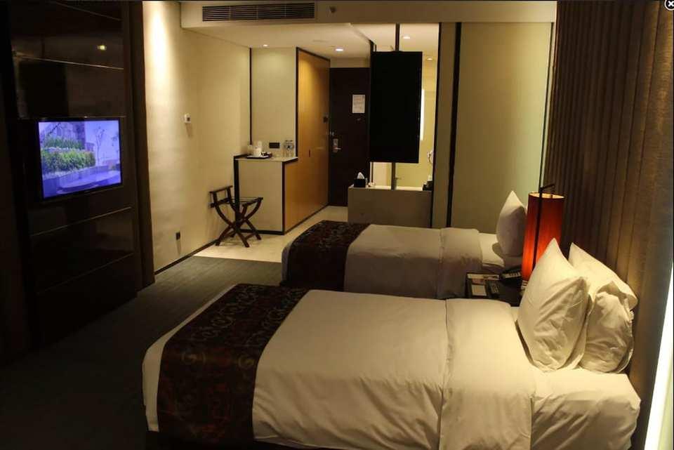 Crowne Plaza Semarang - Guestroom