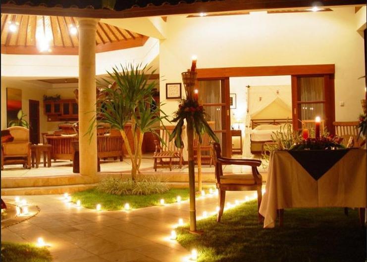 Bali Emerald Villas Sanur - Deep Soaking Bathtub