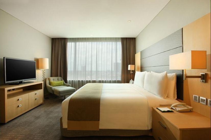 Holiday Inn Kemayoran Jakarta - Lobby Sitting Area