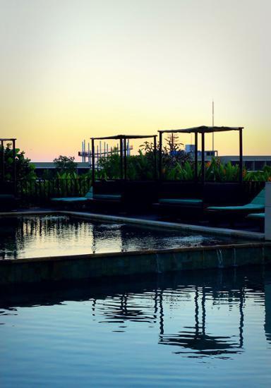 New Kuta Hotel Bali - New-Kuta-Hotel-a-Lexington-Legacy-Hotel-Bathroom