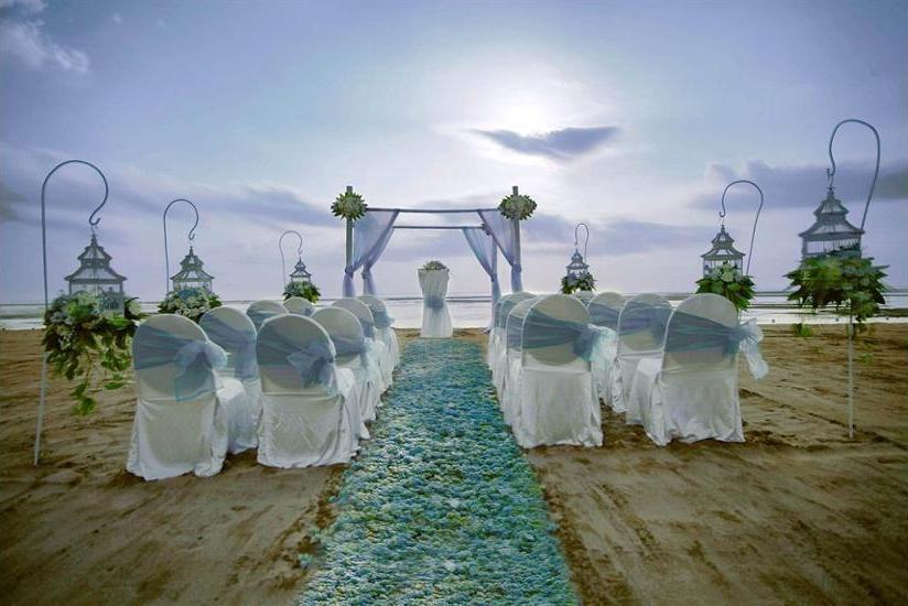 Grand Aston Bali Beach Resort - Outdoor Wedding Area
