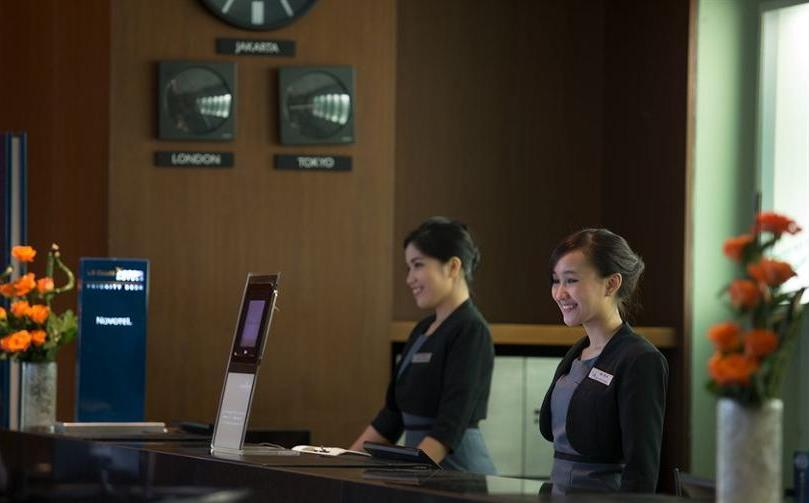 Novotel Bandung - Reception