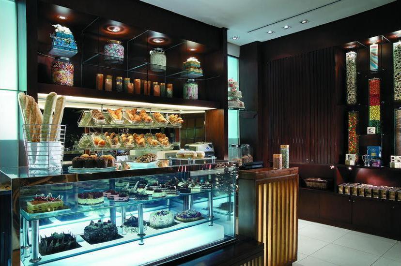 Shangri-la Surabaya - Delicatessen
