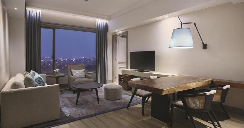 Shangri-la Surabaya - Kamar Eksekutif, 1 Tempat Tidur King Regular Plan