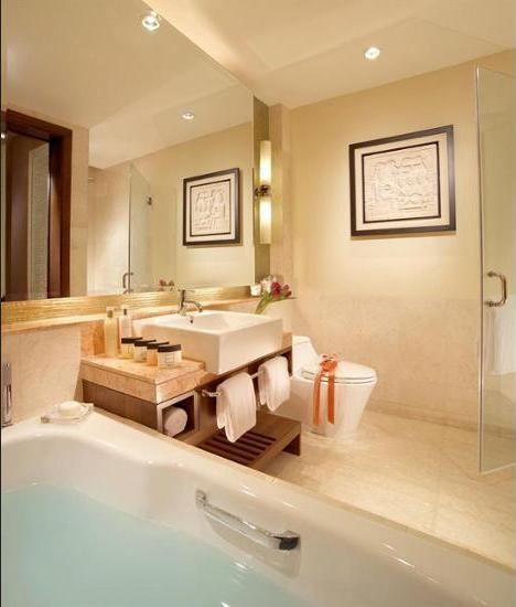 Oakwood Premier Cozmo Jakarta - Bathroom