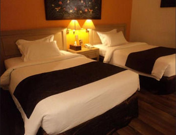 Narita Hotel Tulungagung - Kamar Double Eksekutif Regular Plan