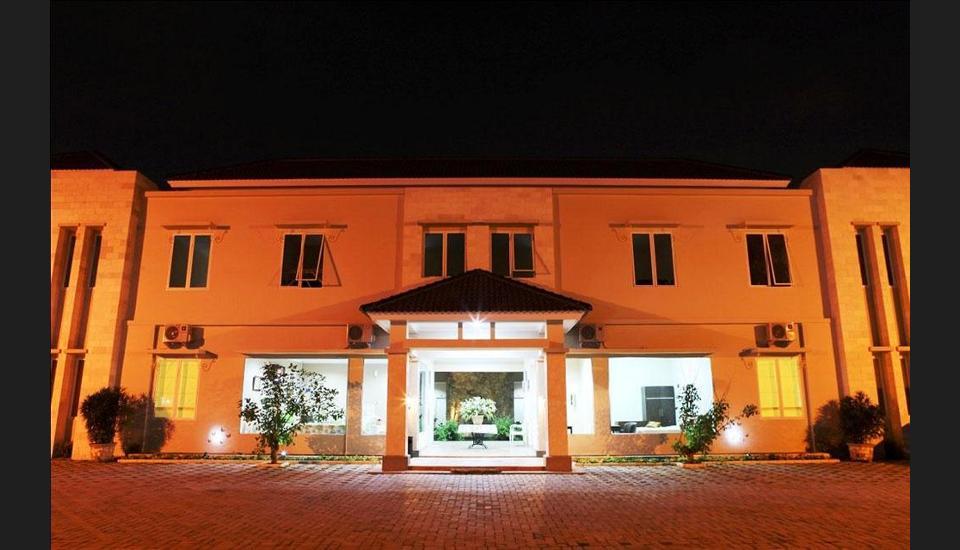 Roemah Moesi Medan - Hotel Front - Evening/Night