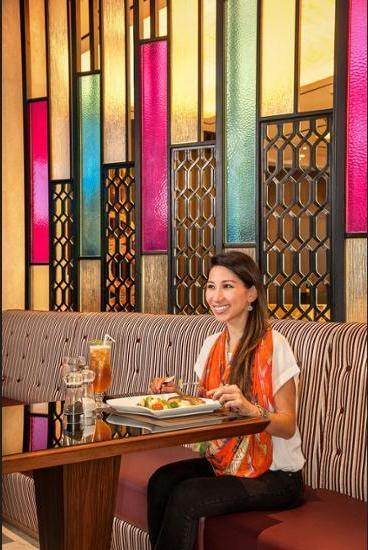 Crowne Plaza Bandung - Dining