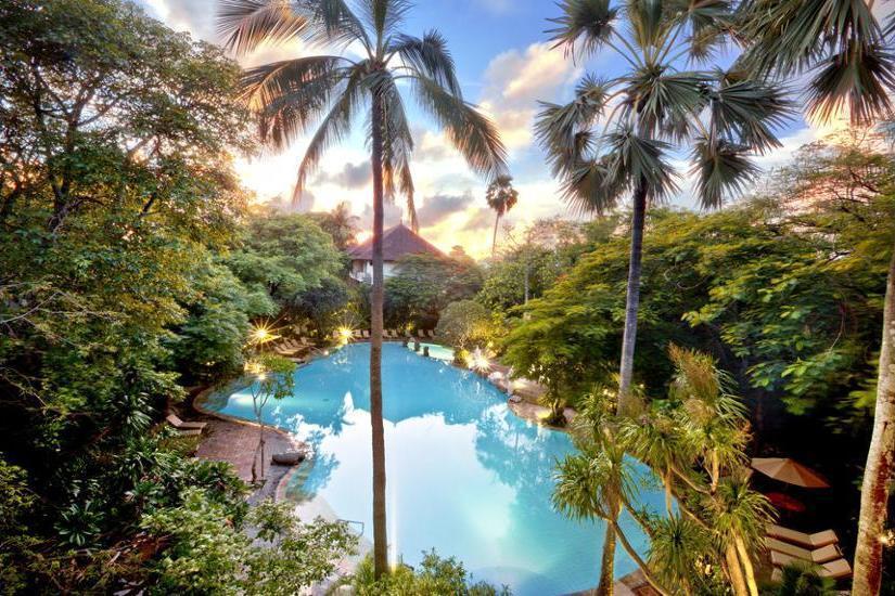 Hotel Kumala Pantai Bali - Living Room