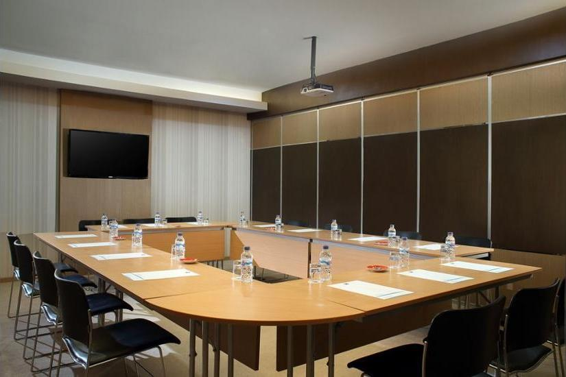 ibis Budget Surabaya Airport - Meeting Facility