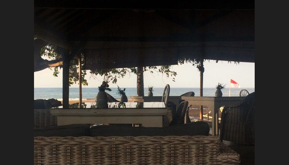 Lilin Lovina Beach Hotel Bali - Guestroom