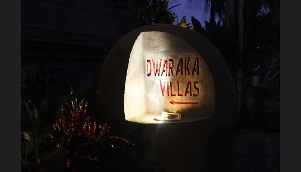 Dwaraka The Royal Villas Bali - Hotel Entrance