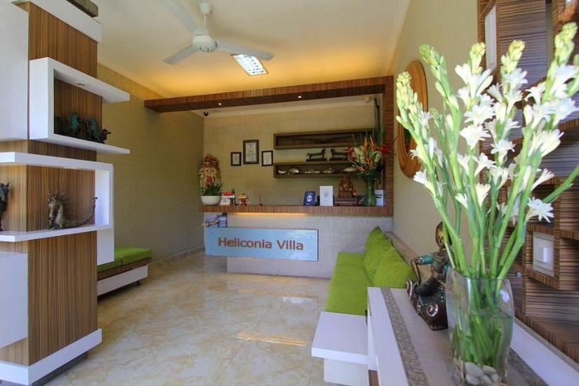 Heliconia Villa Seminyak - Lobby Sitting Area