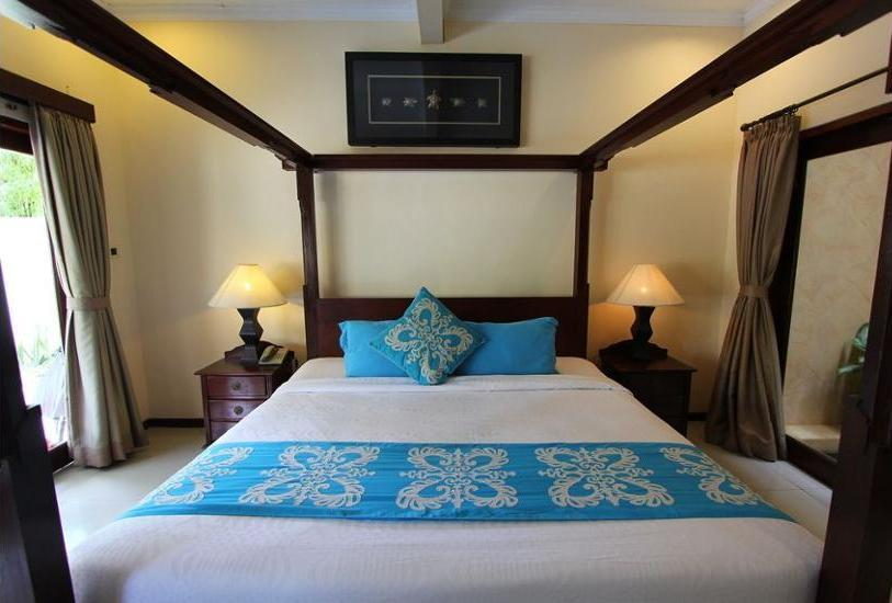 Heliconia Villa Seminyak - Guestroom
