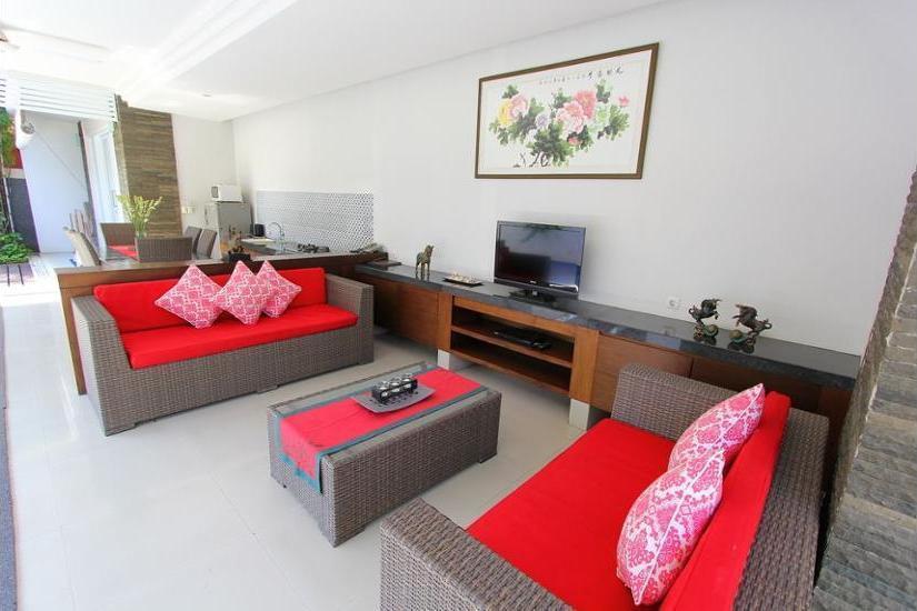 Heliconia Villa Seminyak - Living Room