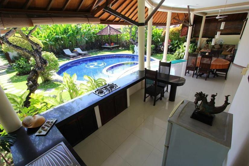 Heliconia Villa Seminyak - Terrace/Patio