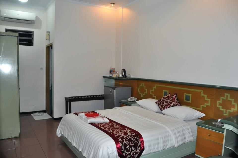 Hotel New Merdeka Jember - Junior Suite