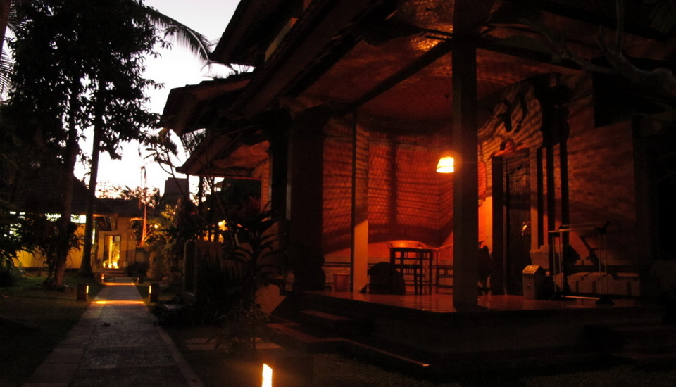 Puri Ulun Carik Bungalows Bali - Pemandangan Kamar
