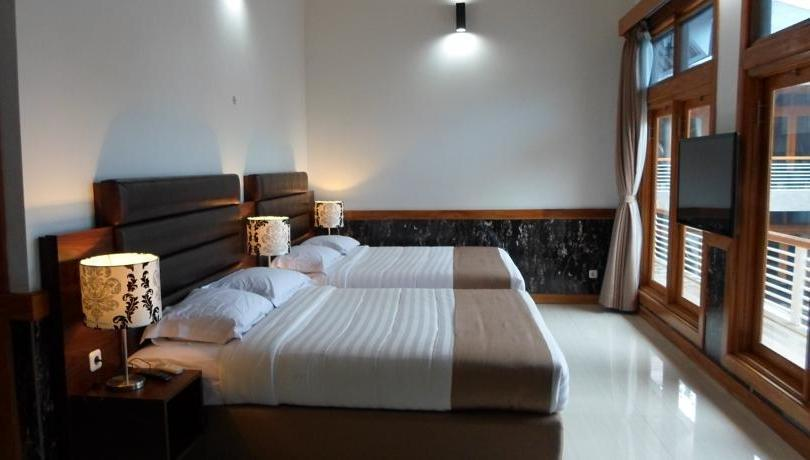 Nice Guest House Bandung - Family Room Only #Widih - Pegipegi Promotion