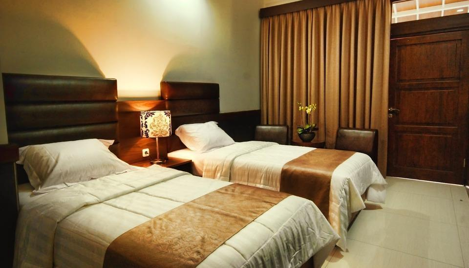 Nice Guest House Bandung - Deluxe Room