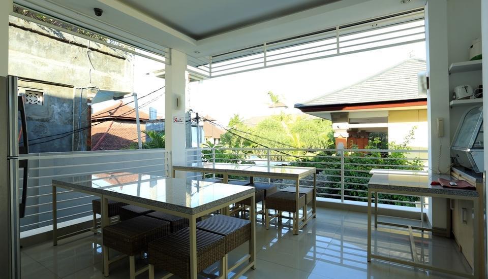 RedDoorz near Pantai Jerman Bali - Interior