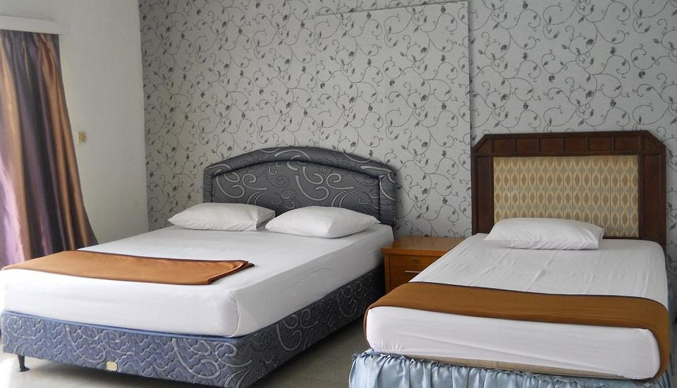 Sapphire Hotel Puncak - Deluxe Room With Breakfast Regular Plan