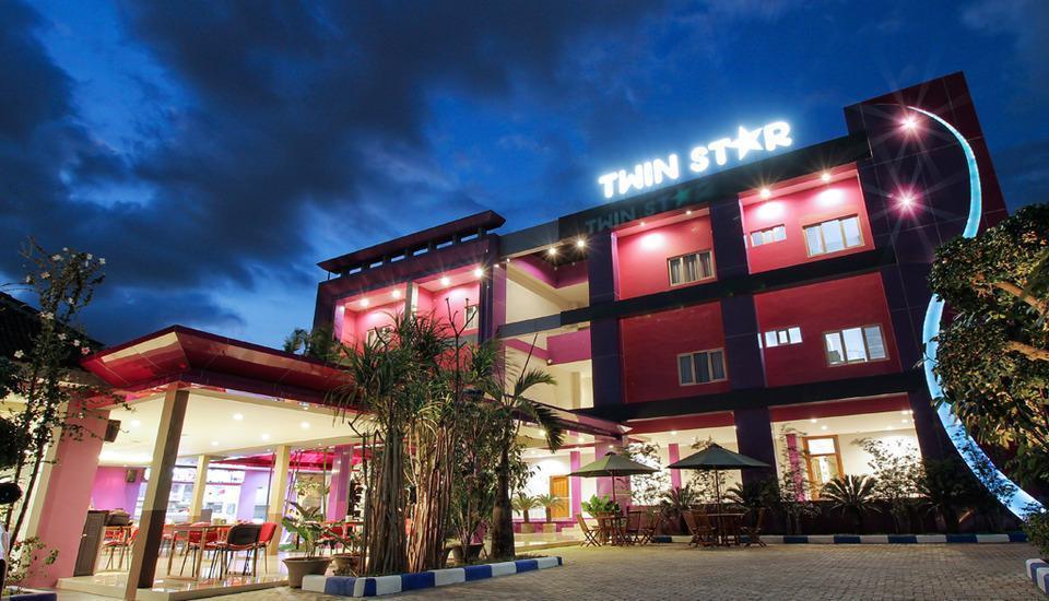 Twin Star Hotel Solo  - facade