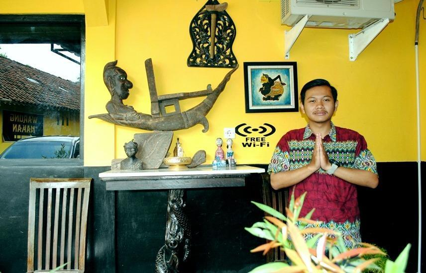 Udan Mas Guesthouse & Gallery Magelang - Lobby