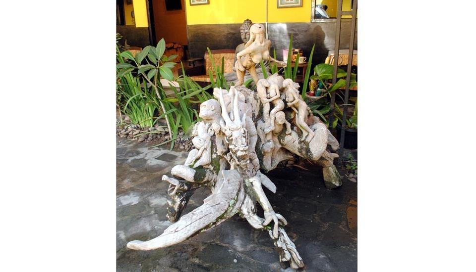 Udan Mas Guesthouse & Gallery Magelang - Exterior
