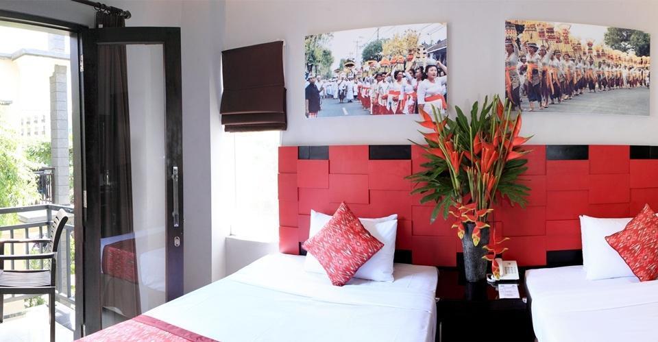Legian Village Hotel Bali - Deluxe-Room (22/11/2013)