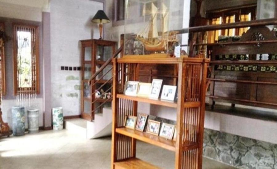 Villa Tandera Istana Bunga Lembang Bandung - Interior