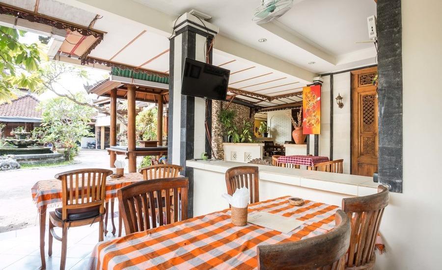 RedDoorz near Duyung Beach Sanur Bali - Eksterior