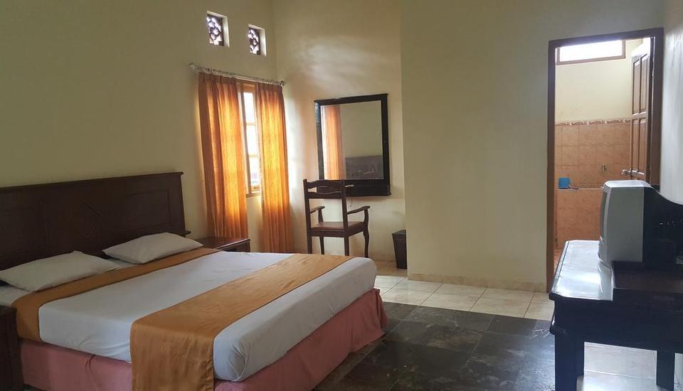 Putri Duyung Guest House Karanganyar - Guest room