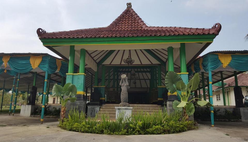 Putri Duyung Guest House Karanganyar - Exterior