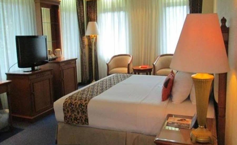Grand Elty Singgasana Tenggarong Tenggarong - Deluxe Room Regular Plan