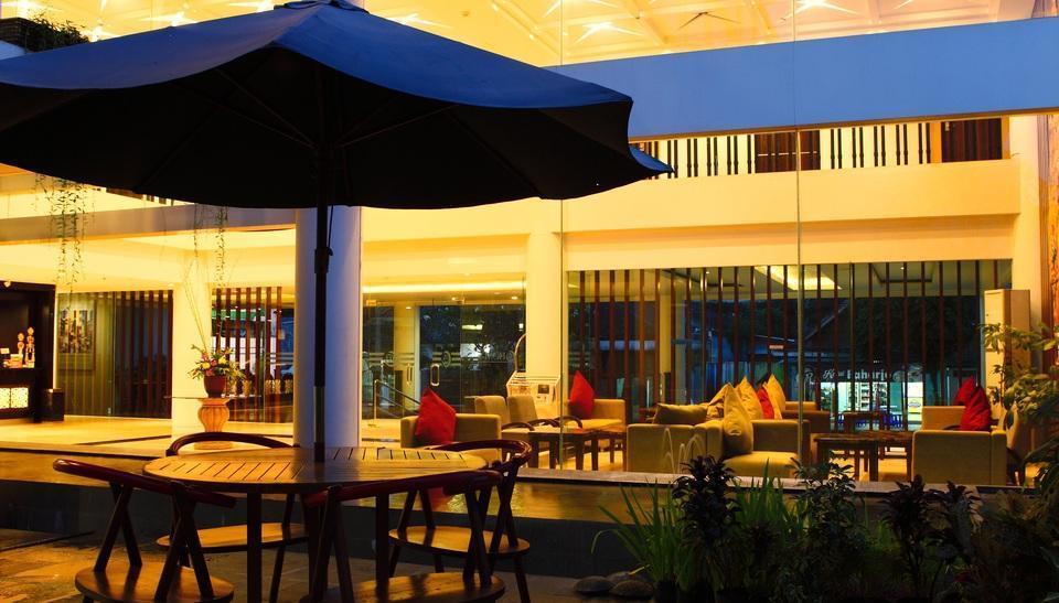 HOM Gowongan Platinum Hotel Yogyakarta - Payung Kebun